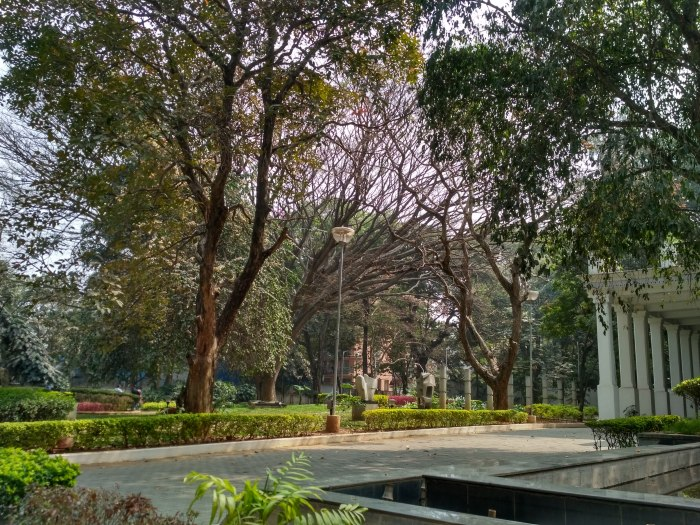 A view of the grounds at NGMA Bangalore